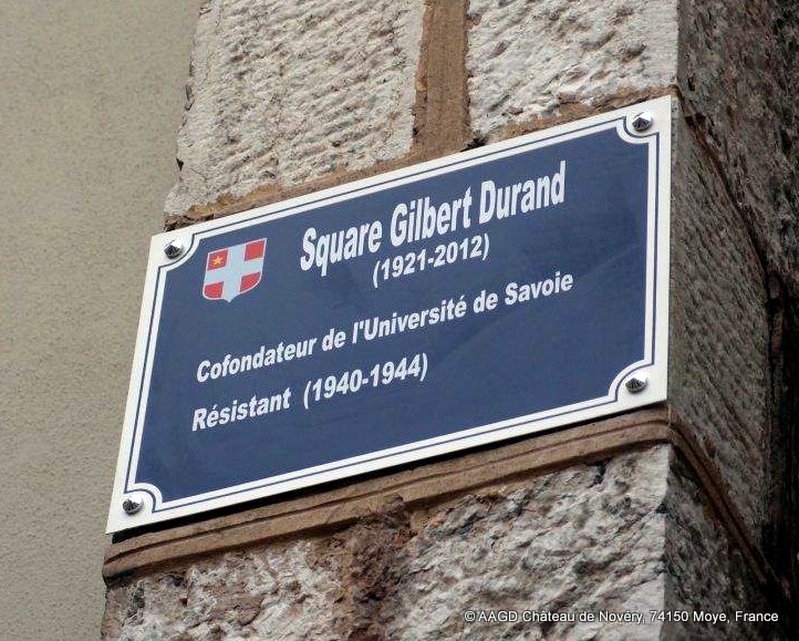 Plaque du Square Gilbert Durand